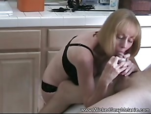 Picture Want A Wicked Sexy Melanie Handjob
