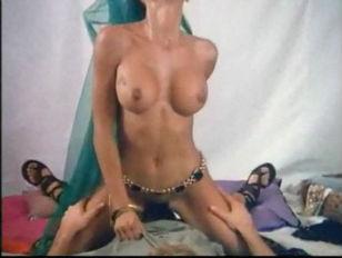 Видео порно онлайн с анальной пробкой
