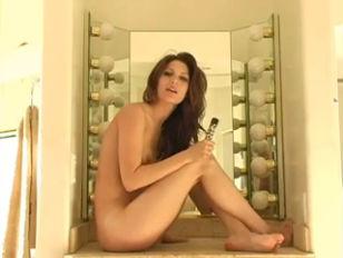 Порно ролик жена пришла с полной пиздой спермы