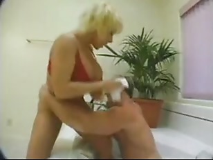 Lovette jacuzzi fuck