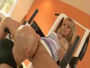 Picture Housewife Needs A Real Workout