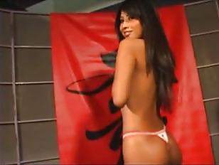 Первый анальный секс домашнее видео русское