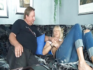 Picture Young Girl 18+ And Uncle