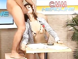 Maria Ozawa bukkake reporter