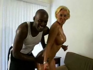 Порно онлайн развратная старушка
