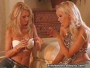 Super hot blond lesbian babes