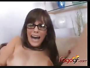 Picture HOT BRUNETTE Young Girl 18+ Facial Play