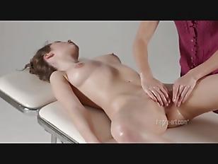 Picture Naomi Swan Clitoral Climax Massage
