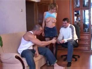 Порно видео мужики лижут жопу крупным планом