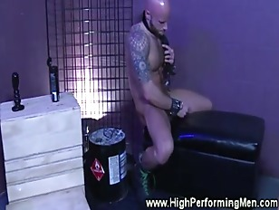 Gay hunk have a cock sucking g