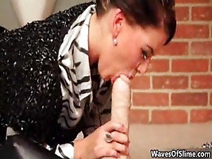 Picture Two Horny Lesbians Go Crazy Getting Jizzed By Wav...