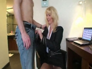 Онлайн порно с молодыми страшными девушками
