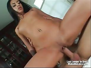 Picture Hot Latina Ice La Fox Facial