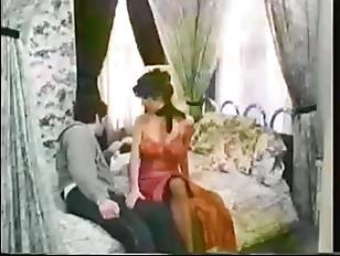 Сматреть порно как ломают челки