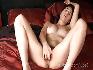 Olive opens up her hairy pussy