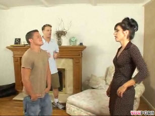 Sarah fucks her sons friend