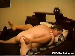 Amateur couple bedroom fuck