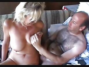 fellations ejaculation filles sexy koh lanta