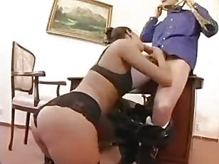 Порно с убощицей