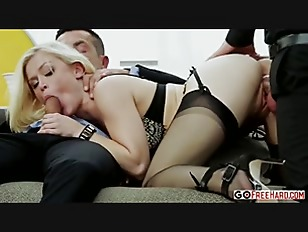 Blonde pet Ash Hollywood fucke