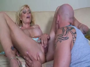 Picture A Busty MILF Pays Her Bill With Pussy