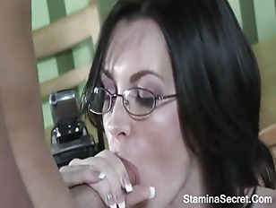 Picture Facial Cum For Hot MILF Brandi