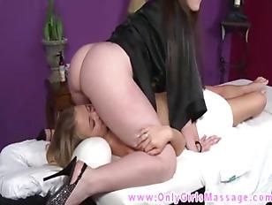 Babe masseuse mounts clients f