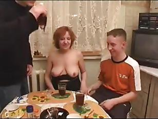 Секс в руской деревне