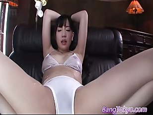 Picture Vibrator Makes Japanese Girl Orgasm