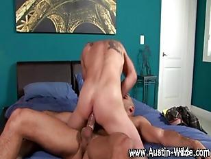 Pornstar hunk Austin Wilde suc