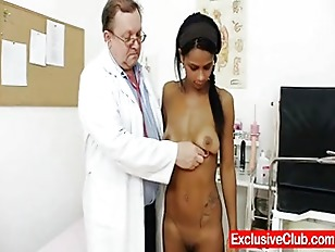 Xxx Forcing tickling moms pantyhose feet free sex videos