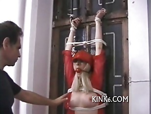 She pinned being rope tied