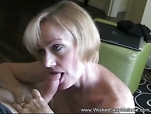 GILF Swinger Blowjob Oral Lust