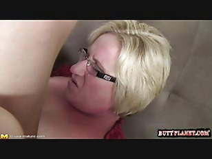 Picture Blonde Chubby Milf Fuck On Couch