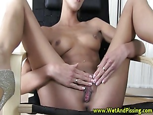 Pee fetish babe stretches her