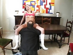 Picture 20y-Girls Love Old Men