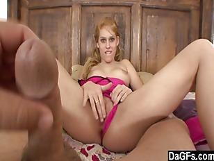 Крупные предметы в жопе видео порно
