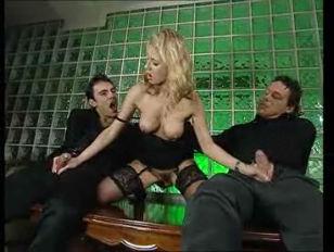 Секс молоденькие анални секс