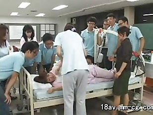 Picture Nurses Go On Rounds