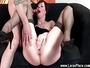 Mature fucked with her feet up