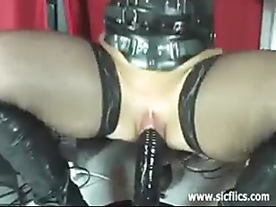 Extreme amateur fucking her gigantic dildo