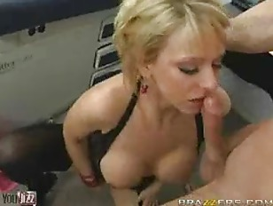 Picture Sexy Brianna Beach Sucks And Fucks