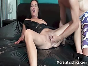 Picture Fisting The Wife Till She Gushes Torrents Of...