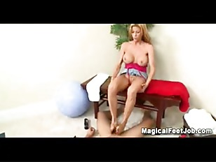 Picture Alexis Fawx Magical Feet Activity