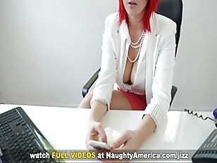 Picture Redhead Siri Gets Nailed On Naughty America
