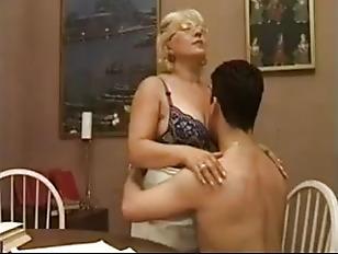 Русские тетки матерятся во время ебли