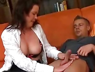 German nylon housewife