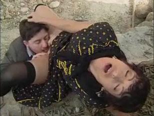 Толстые упругие жопы порно