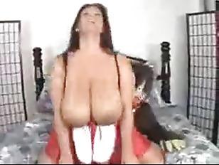 Big Buxom Women : Free Porn (263050 videos) - PussySpace.com