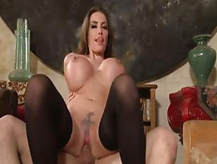 Порно онлайн домашнее анал первый раз